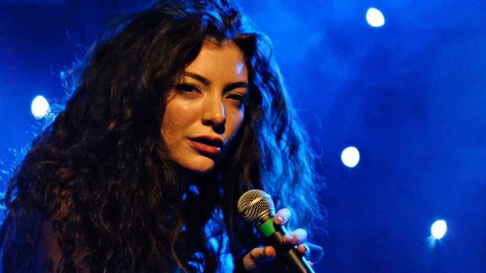 """GRAMMY® AWARD WINNING ARTIST LORDE TO WRITE FIRST SINGLE AND CURATE SOUNDTRACK ALBUM FOR LIONSGATE'S """"THE HUNGER GAMES: MOCKINGJAY – PART 1″ AVAILABLE ON REPUBLIC RECORDS"""