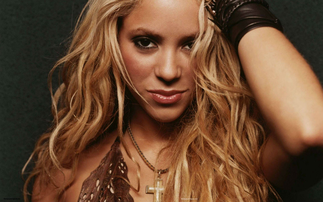 People's Choice Awards 2016, Shakira, Jennifer Lopez, Gina Rodriguez, ultimate spotlight, ultimate spotlight magazine, usl magazine, uslmagazine.com, usl mag, uslmag.com, uslmag, ultimate spotlight, atlanta music magazine, baltimore music magazine, d.c. music magazine